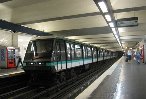 Paris Métro (Image: Wikipedia).