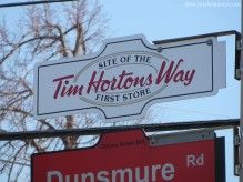 Need help finding the restaurant? Look for the sign!