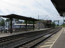 chroniclesofwanderlust_bickenbach_train_station_germany